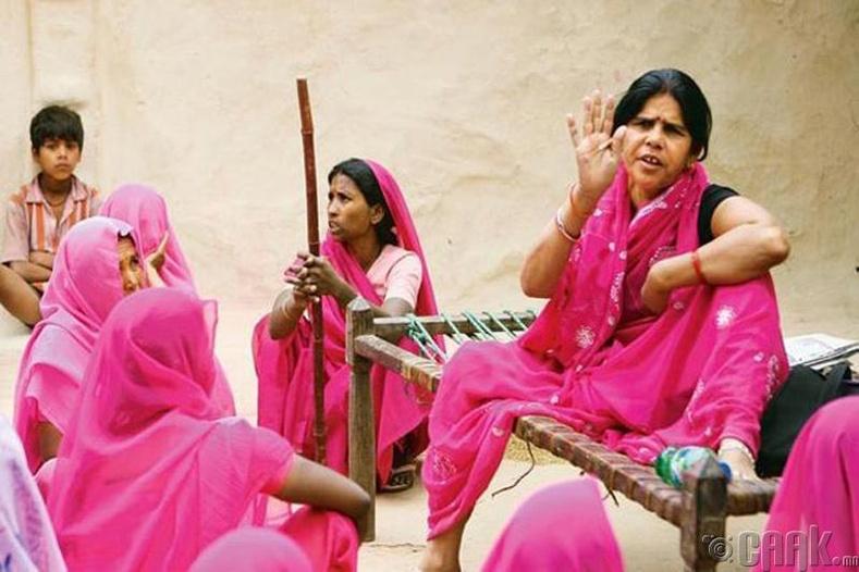 """""""Гулаби ганг буюу ягаан бүлэг"""", Энэтхэг"""