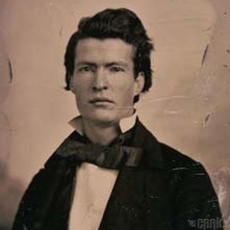 Зохиолч Марк Твен (Mark Twain)