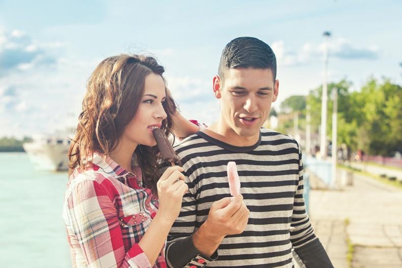 Найз залуугаасаа заавал асуух 10 асуулт