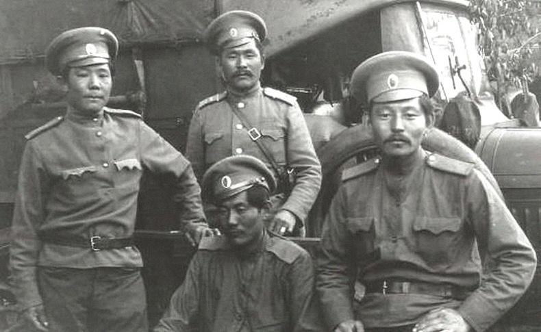 Халимагууд Оросын иргэний дайнд цагаантнуудын талд тулалдсан шалтгаан