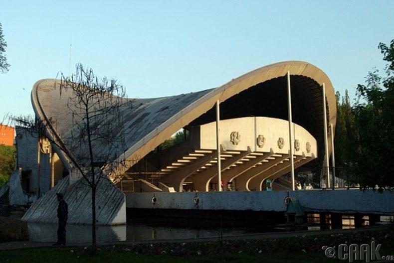Зуны задгай театр - Днепропетровск, Украйн