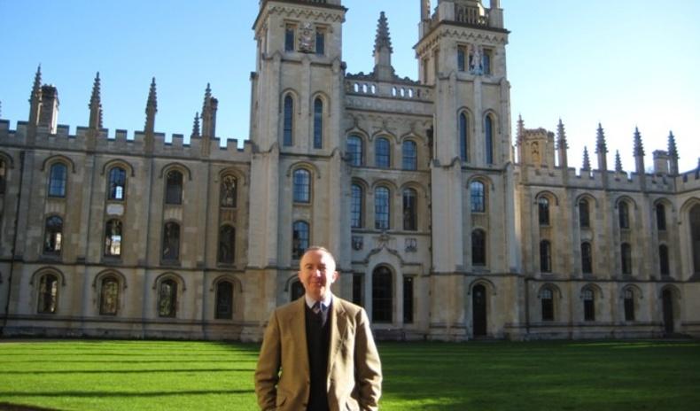 """Оксфордын """"элитүүдийн коллеж""""-д элсэхээр шалгуулагчдад тавьдаг асуултууд"""