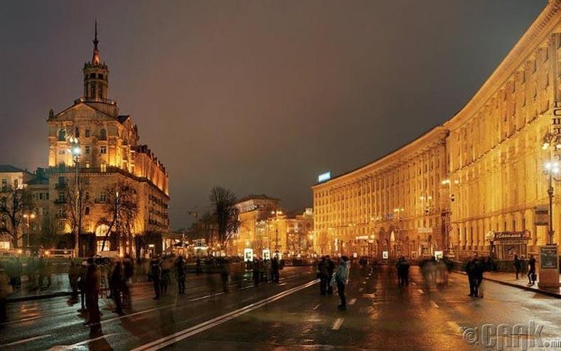 Украинд орой гадуур зугаалж болохгүй
