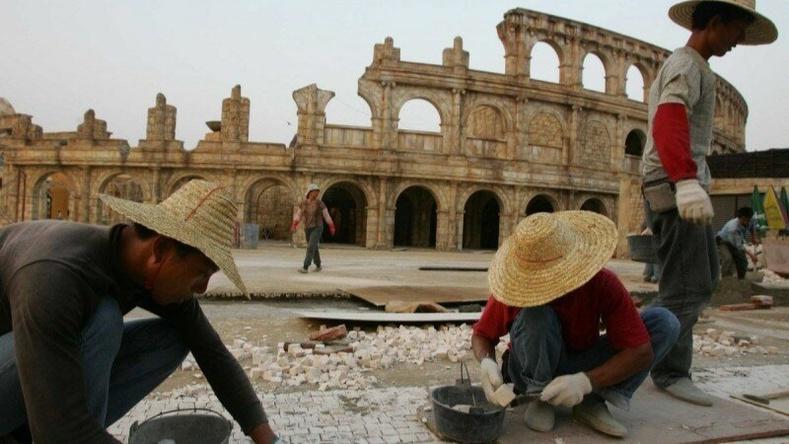 """Хятадууд """"дуураймал"""" хотуудаа хэрхэн босгодог вэ?"""