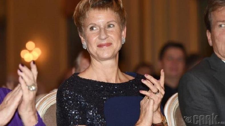 """BMW"" компанийн 50 хувийг эзэмшигч Сюзанн Клаттен  (25.1 тэрбум ам.доллар)"