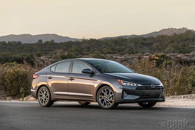 """""""Hyundai Elantra"""" -  Хамгийн найдвартай суудлын машин"""