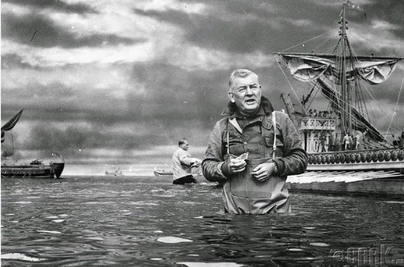 """Тусгай эффектийн мастер Арнольд Гиллеспи """"Ben-Hur"""" киноны зураг авалтын талбай дээр, 1959 он"""