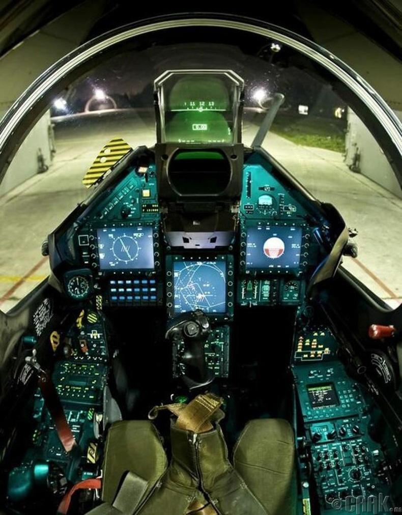 """Францын 4-р үеийн сөнөөгч онгоц """"Mirage 2000"""""""