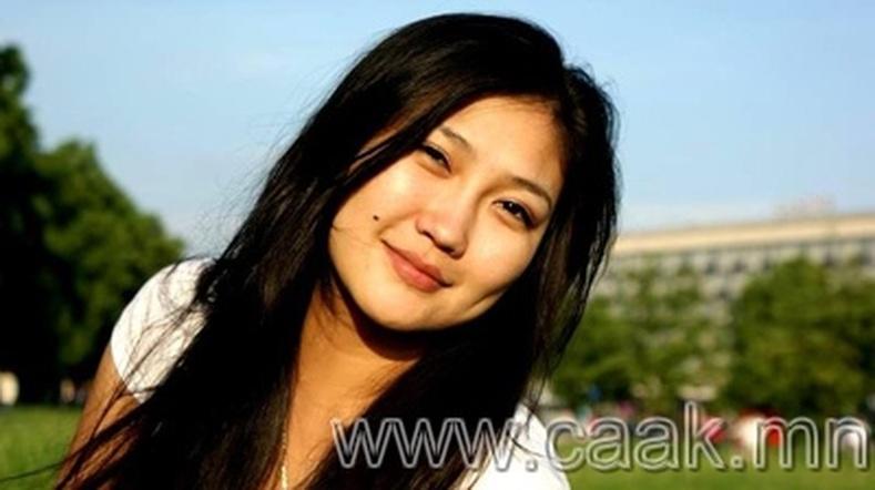 Монголын vзэсгэлэнт охид (88 фото) №99