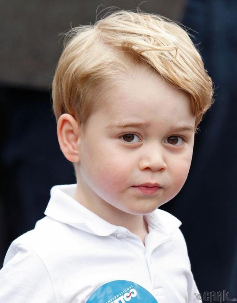 Ханхүү Жорж Александр Луис (Prince George Alexander Louis) - 4 нас