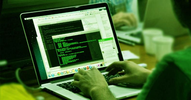Таны компьютер хакердуулсан байж болзошгүй 12 шинж тэмдэг