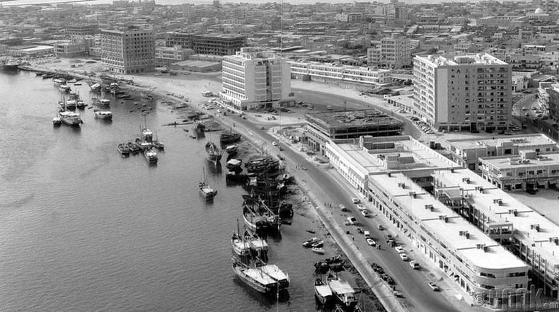 Дубайн далайн эрэг, 1950-аад он