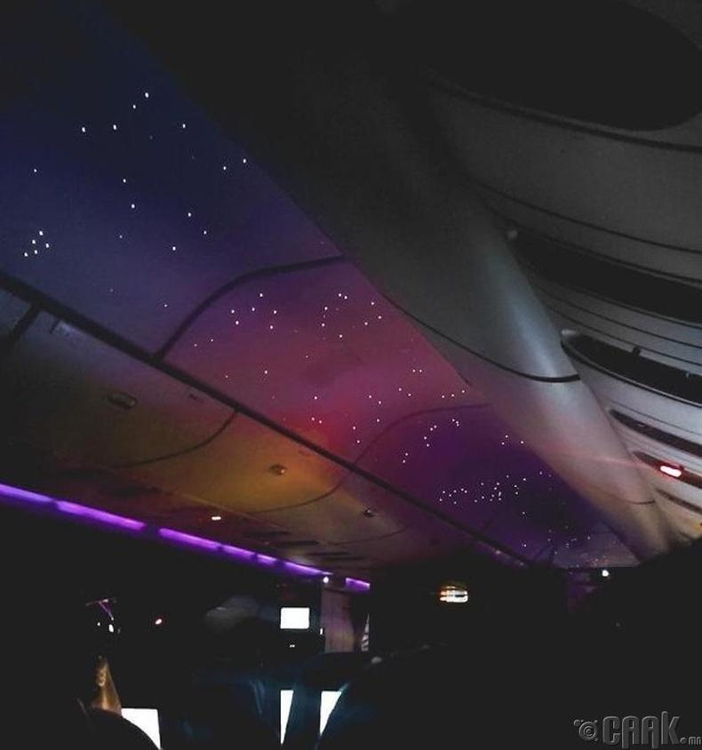 Онгоцны шөнийн гэрэл