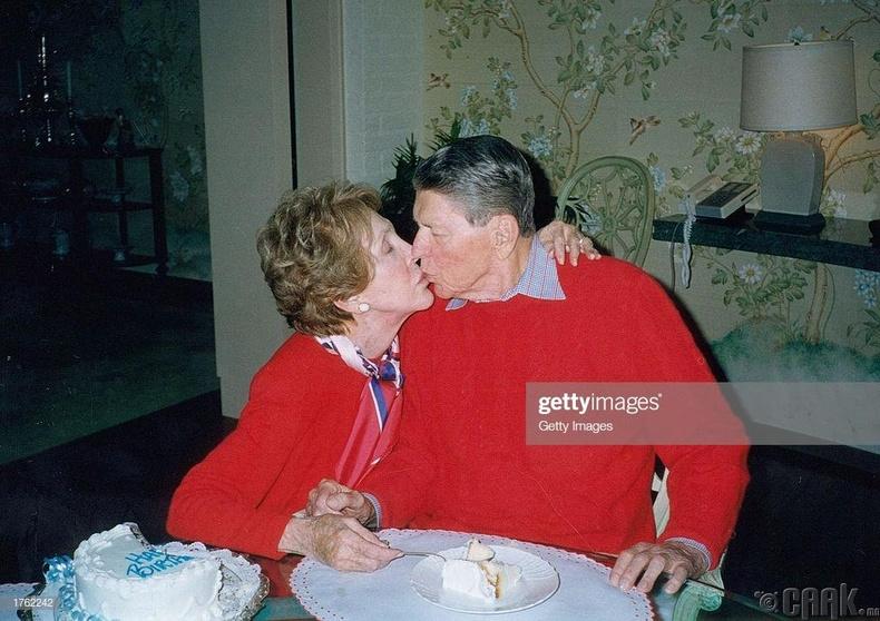 Роналд Рейган (Ronald Reagan)