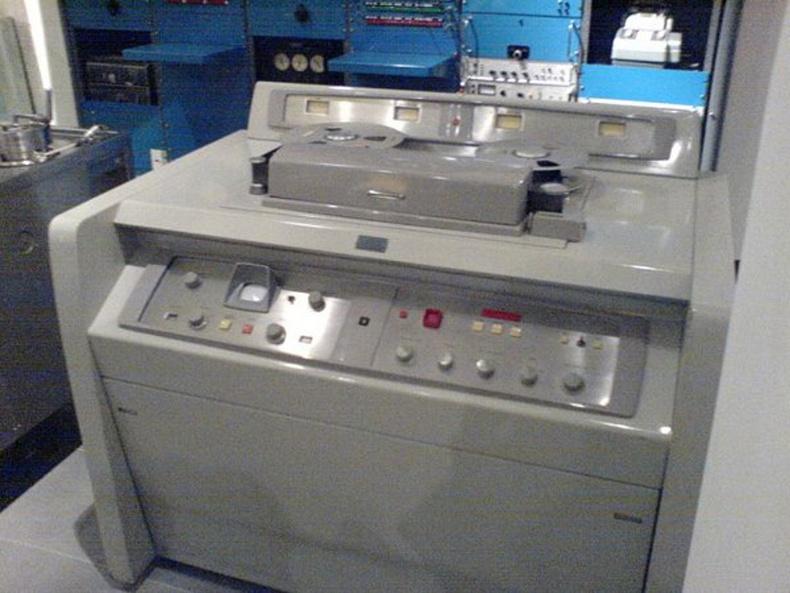 Хамгийн дижитал камер Ampex VR 1000 АНУ - 1956 он