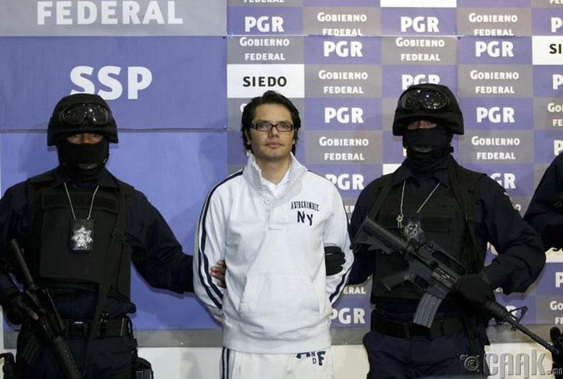 Амадо Каррилло Фүэнтес (Amado Carrillo Fuentes)