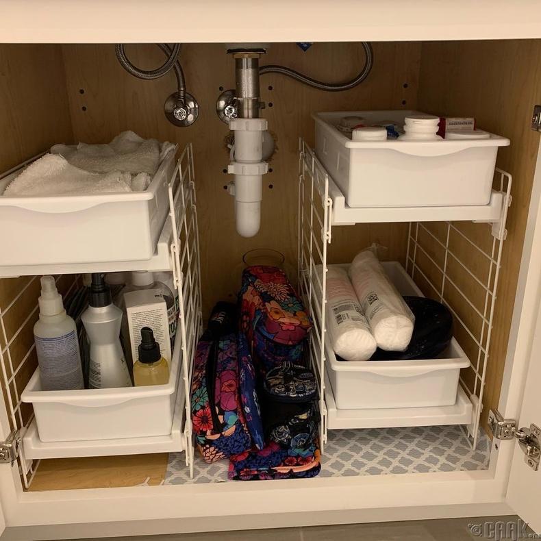 Угаалтуурны доод талын зайг шүүгээ болгон ашиглаж болно