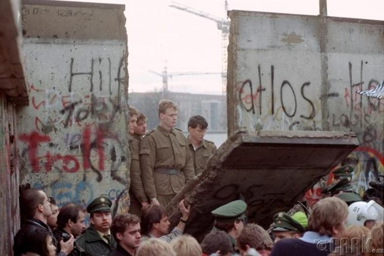 Берлиний хана нурсан өдөр