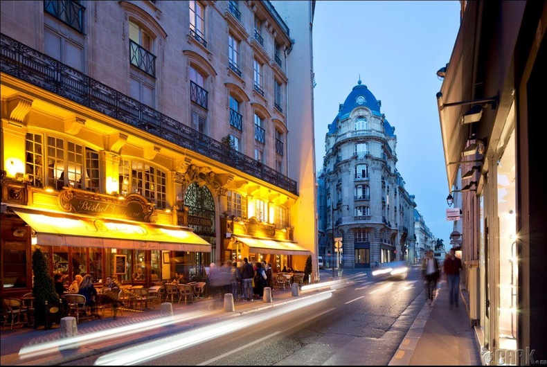 Парис, Франц