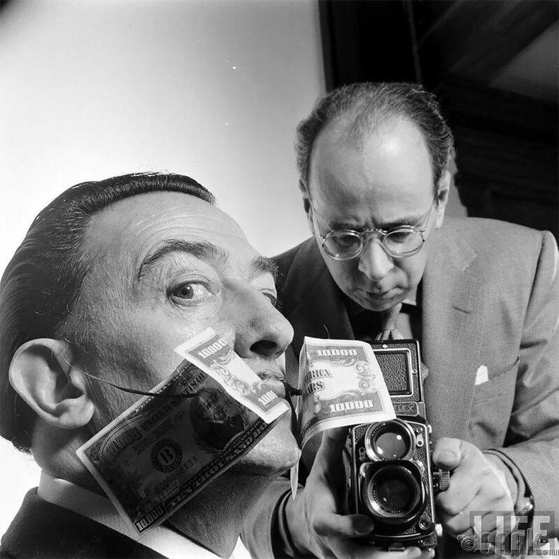Филипп Халсман, Сальвадор Далигийн зургийг авч байх үед, 1954 он