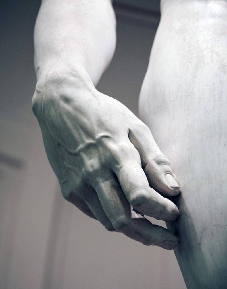 """Микеланжелогийн """"Давид"""" баримлын гайхалтай деталь"""