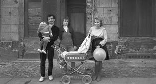 80-аад оны Зүүн Германчуудын төрх гэрэл зургийн дуранд...