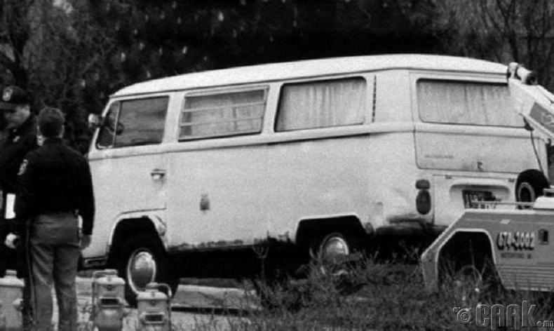 Доктор Кеворкианы фургон
