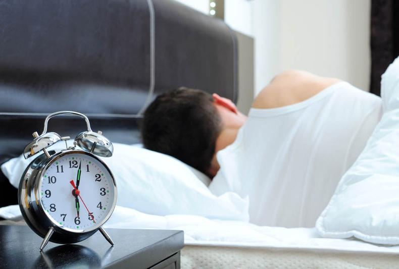 Амралтын өдрүүдэд унтах нь муу