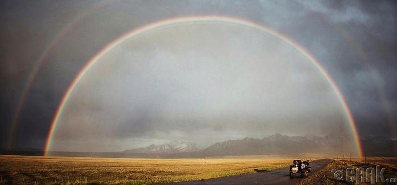 Киргизстанд татсан давхар  солонго