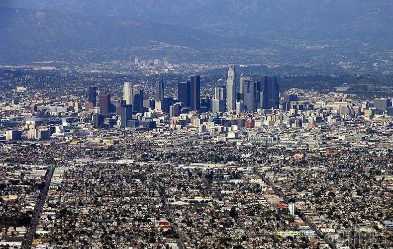 Лос-Анжелес, АНУ