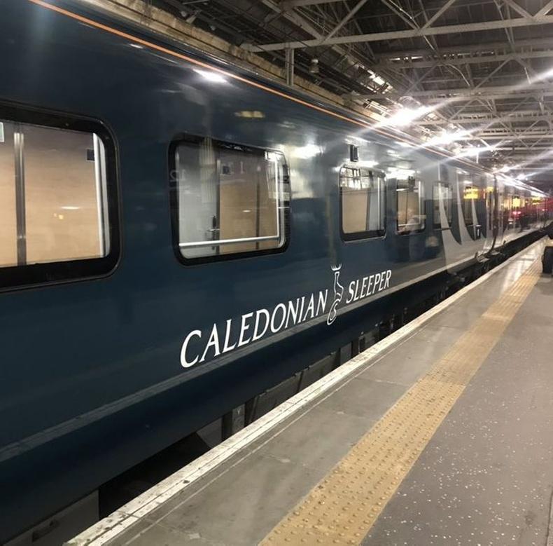 """Шотланд - Англи чиглэлийн """"Caledonian sleeper"""" шөнийн галт тэрэг"""