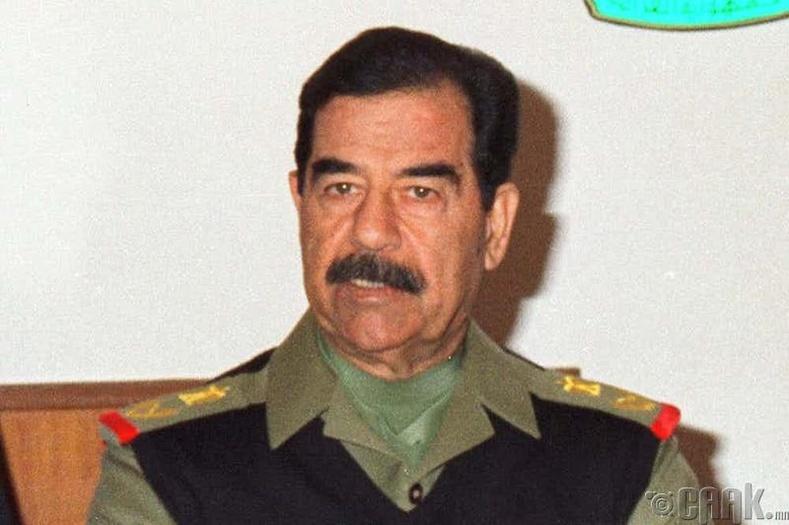 Саддам Хуссейн бичиг үсэг сургах компанит ажил эхлүүлсэн