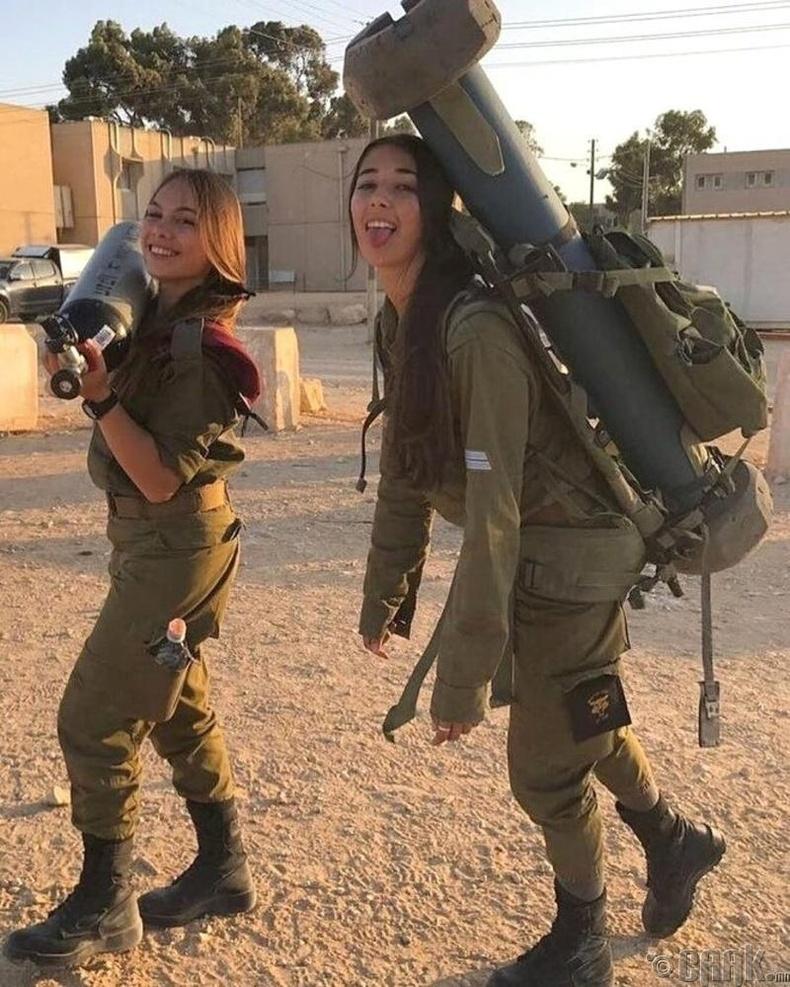 Израилийн армид алба хаана гэдэг охидын хувьд үнэхээр зугаатай зүйл