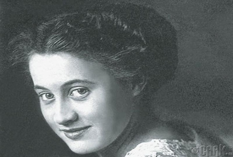 Дороти Гибсон (Dorothy Gibson) - Титаникийн сүйрлээс кино хийх санаа олжээ