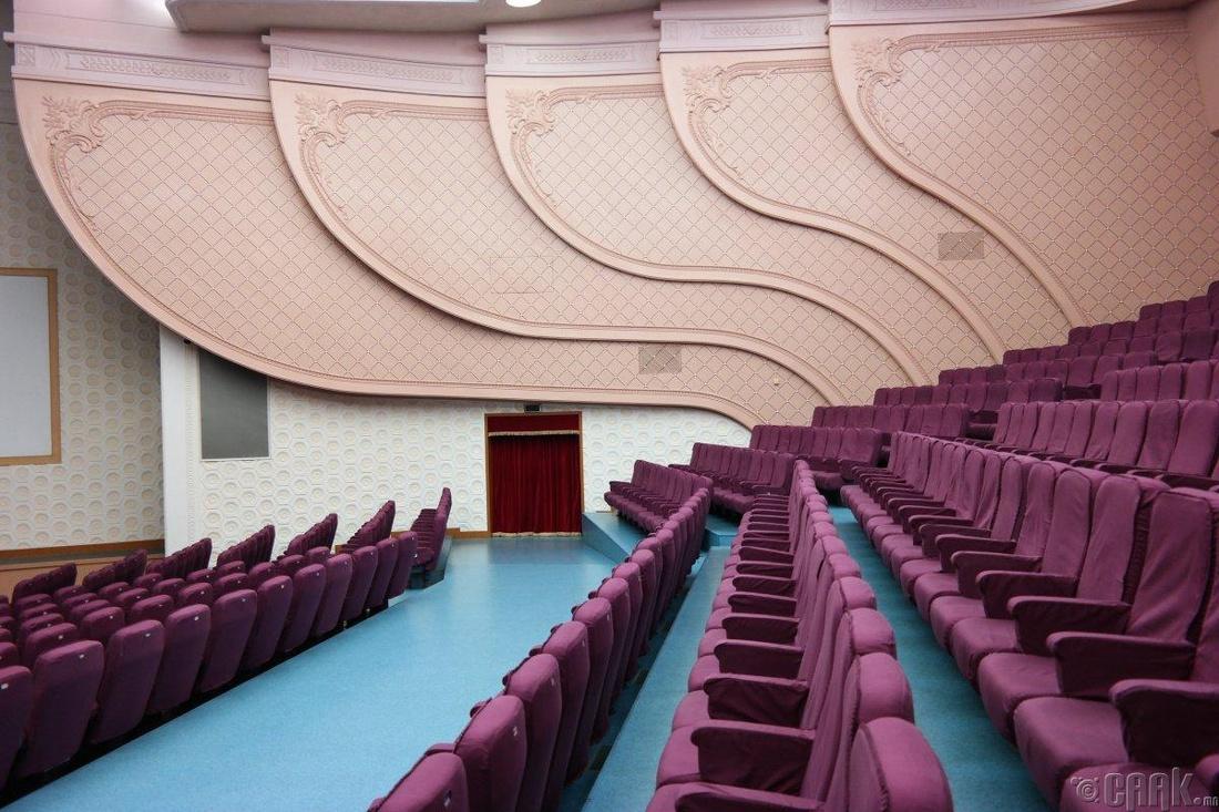 Пхеньян хотын үндэсний урлагийн театр