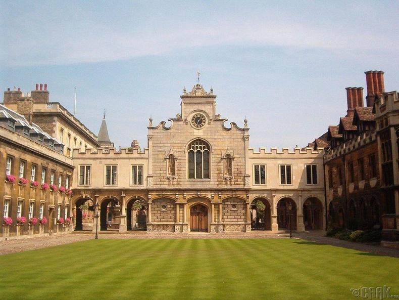 Кэмбрижийн их сургууль, Англи (92.8)