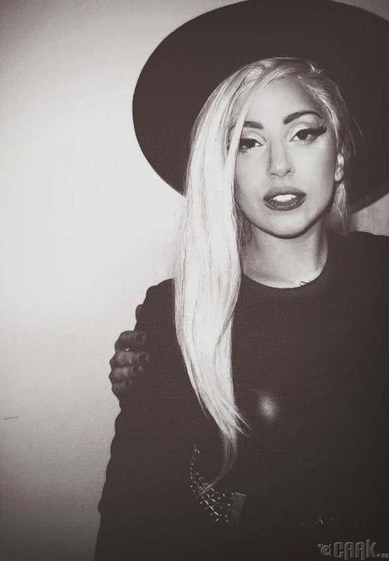 """Лэди Гага  (Lady Gaga)-ийн """"Poker Face"""""""