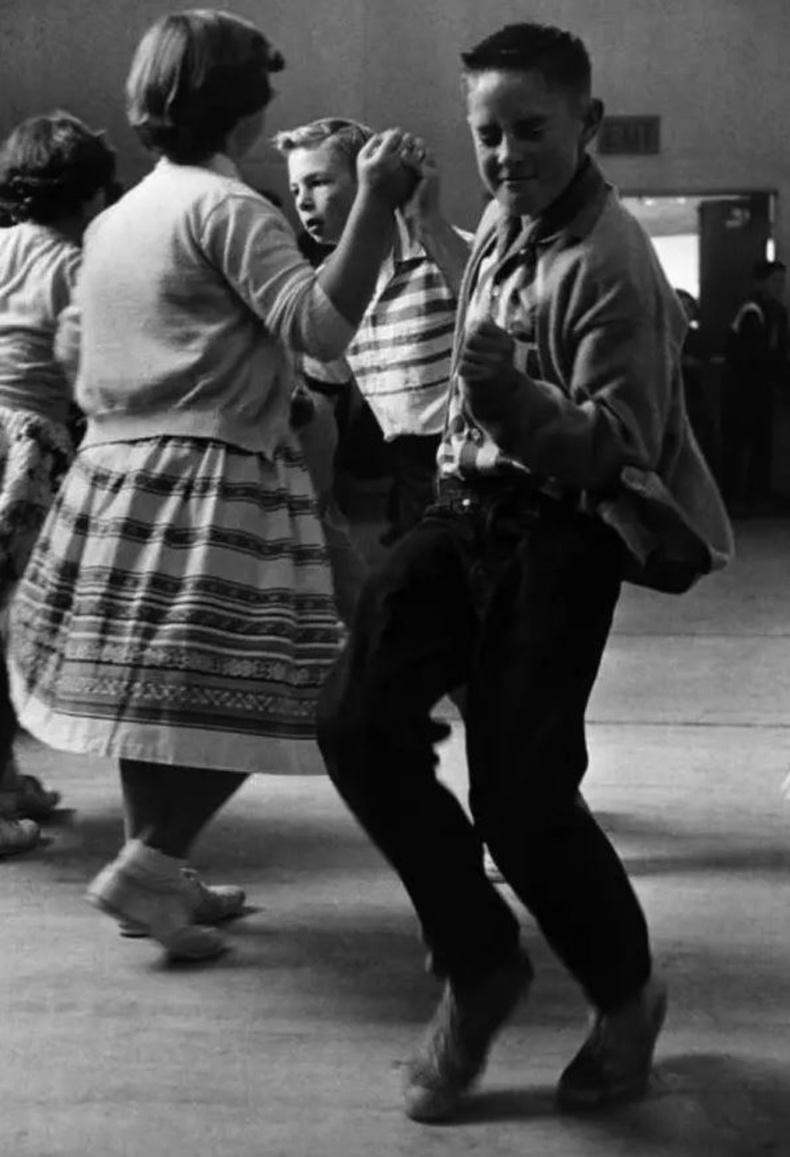Сургуулийн бүжиг. АНУ. 50-аад он