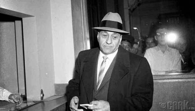 "Тони Аккардо ""Том туна загас"" (1906-1992)"
