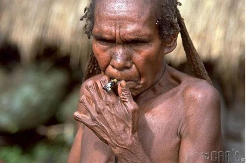 Хуруу таслах ёслол - Папуа Шинэ Гвиней