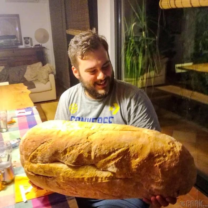 Аварга талх
