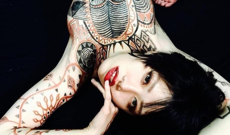 """""""Японы Боди-Арт"""" - Байгалийн болон урлагийн бүтээлийг хослуулахуй (20+ фото)"""