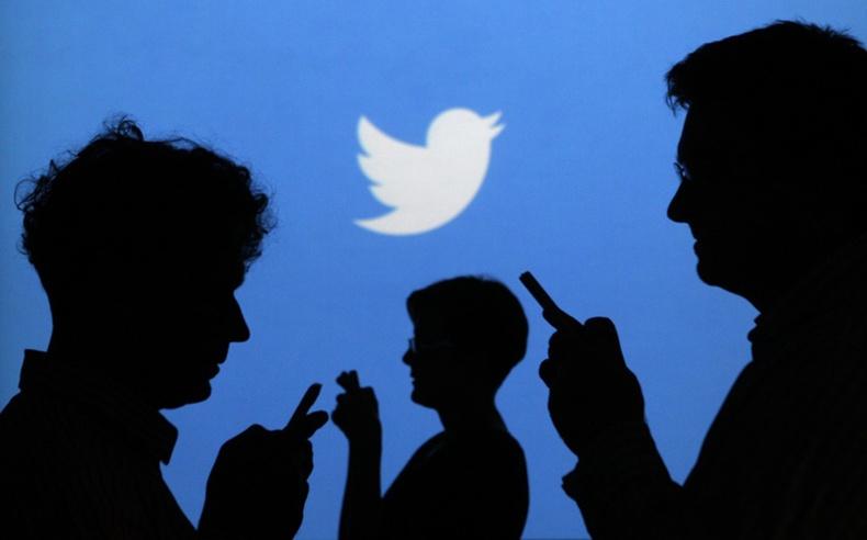 Твиттерт тэнэг хүн байдаггүй...