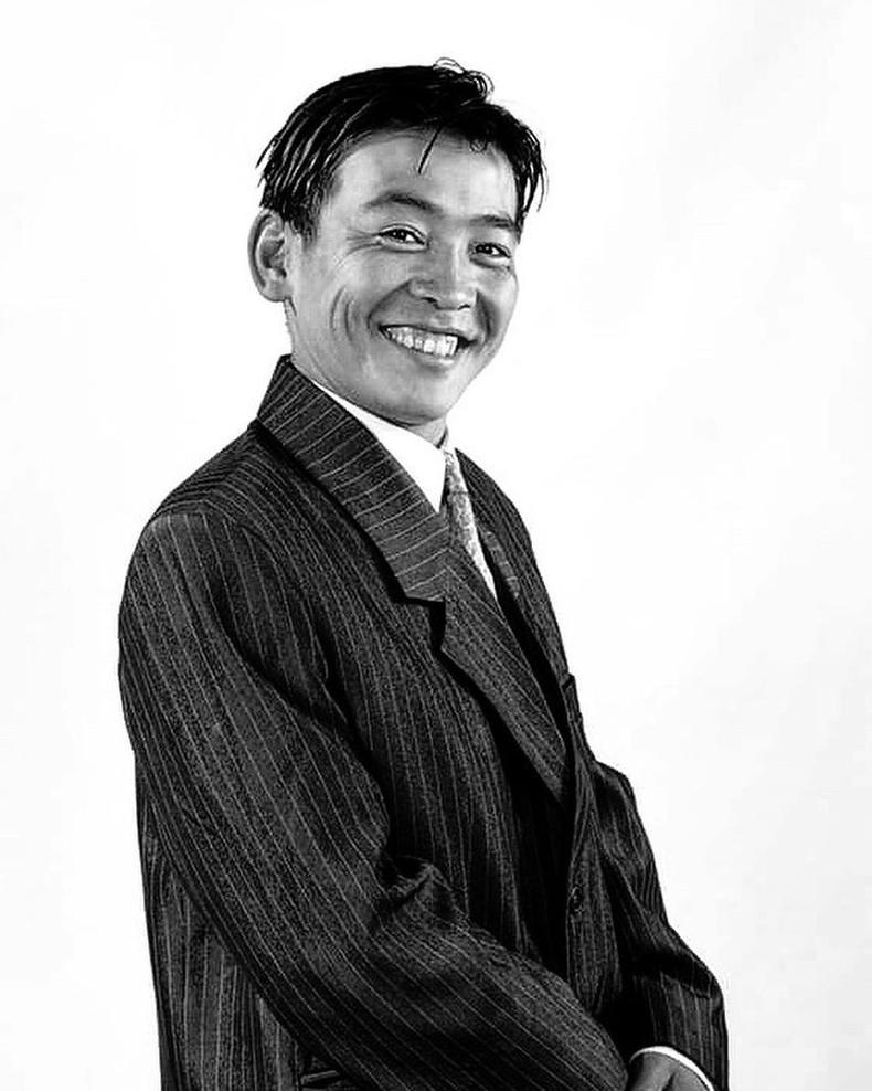 Жүжигчин Л.Баттулга (1999 он)