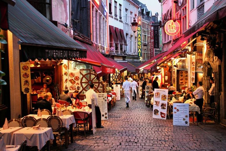 Жуулчдыг гайхшируулдаг Голланд улс