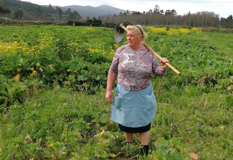 Испанид фермер эмэгтэй болж төрсөн Трамп