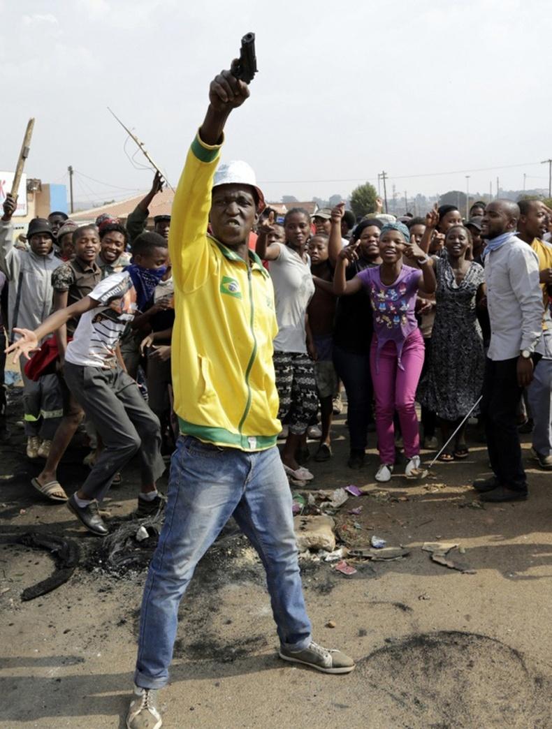 Африкт улс төрийн үймээн самуун элбэг