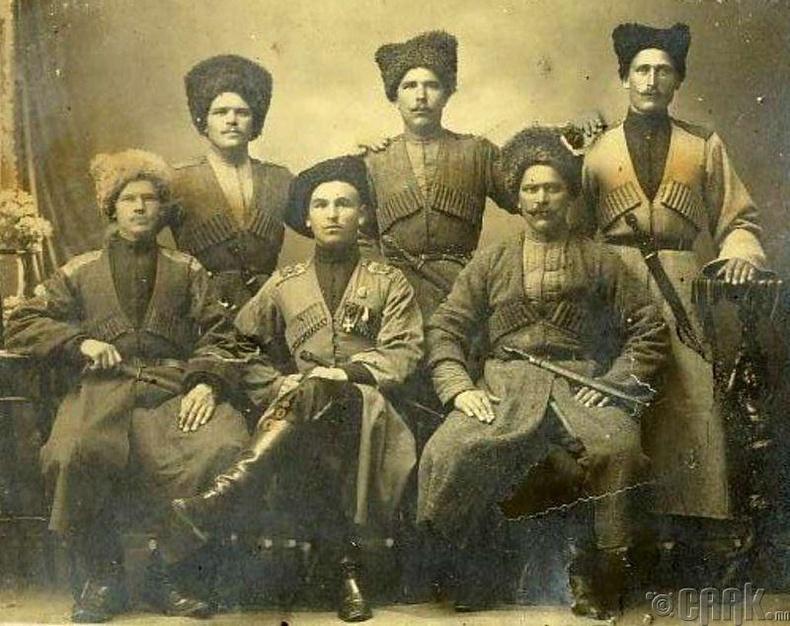 Казакууд (Дон, Запорож)