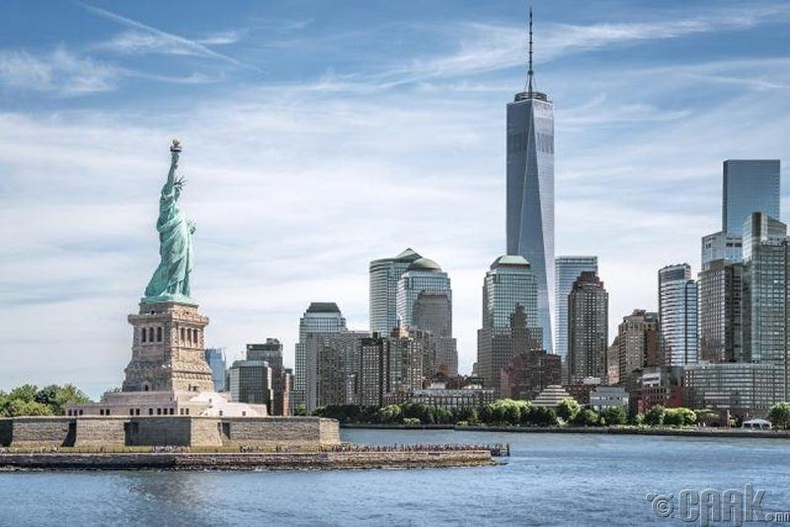 Нью Йорк хотод бусад 40 мужуудын хүн амаас хэд дахин их хүн амьдардаг