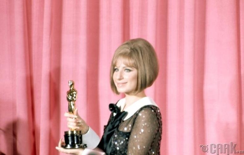 Азтай бүсгүй- Барбра Стрейзанд  (Barbra Streisand)